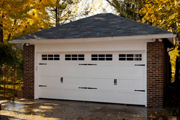 Haas 600 Residential Series Garage Doors 2